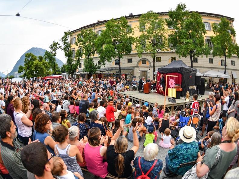 Image 0 - Lugano Buskers Festival