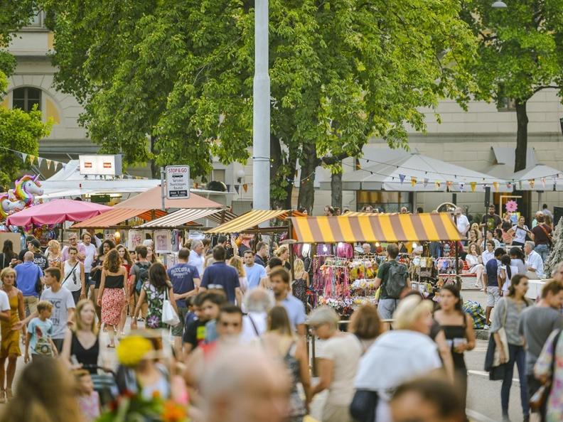 Image 4 - Lugano Buskers Festival