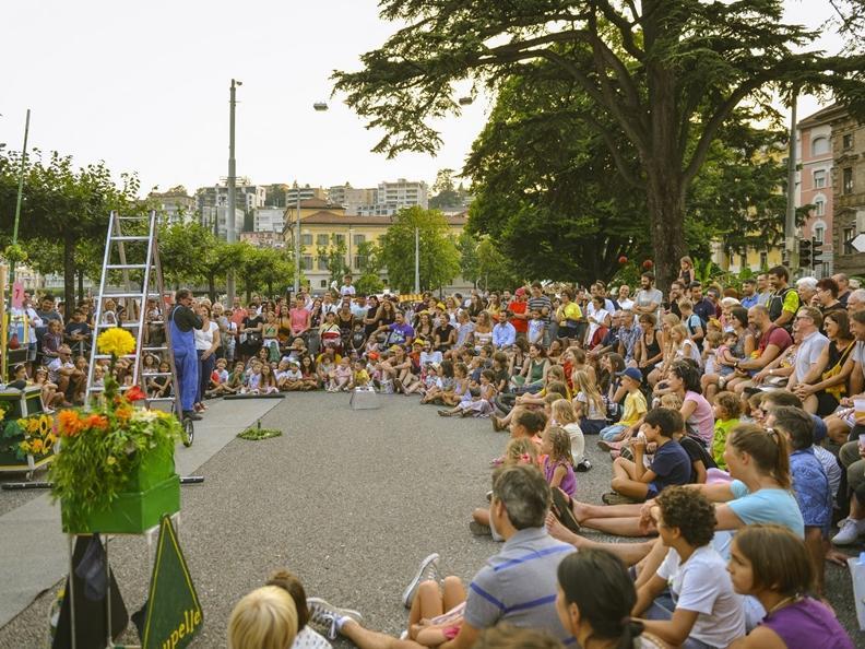 Image 8 - Lugano Buskers Festival