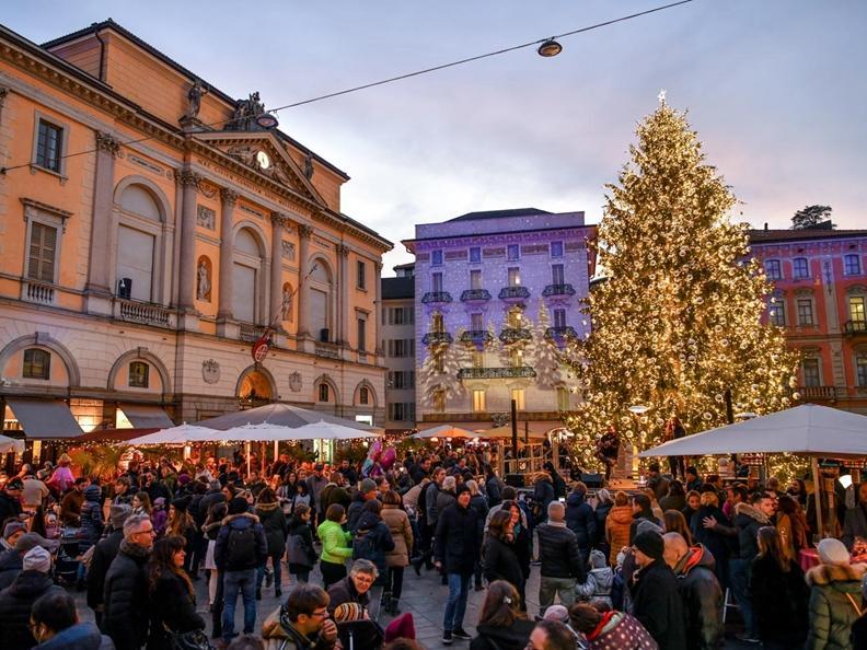 Image 2 - Christmas lights in Lugano