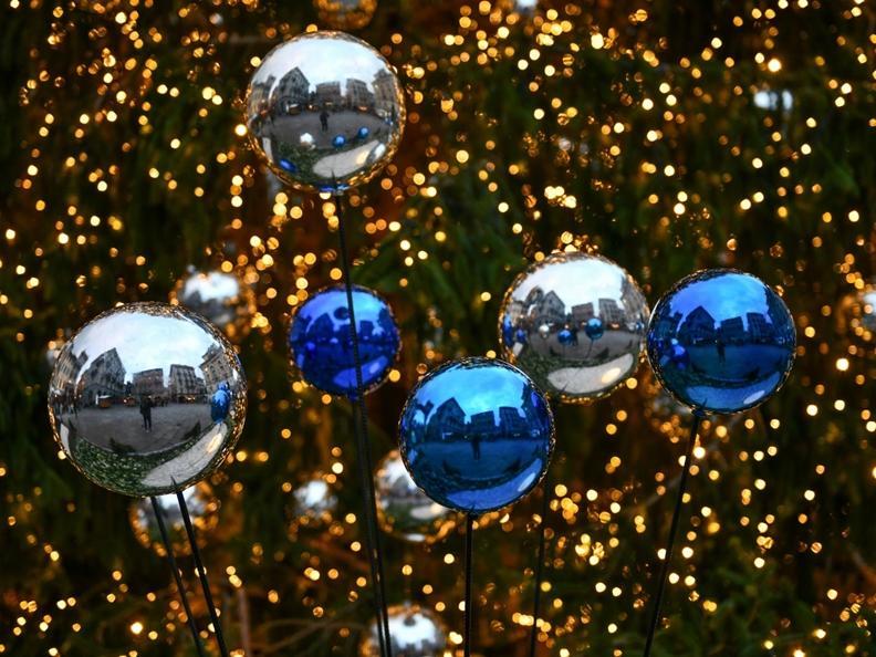 Image 8 - Christmas lights in Lugano