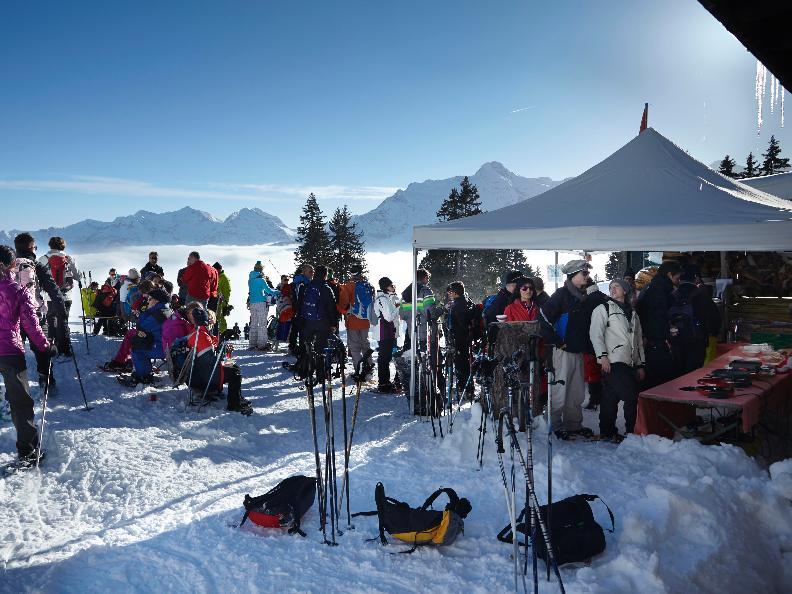 Image 0 - Gastro snowshoes walk