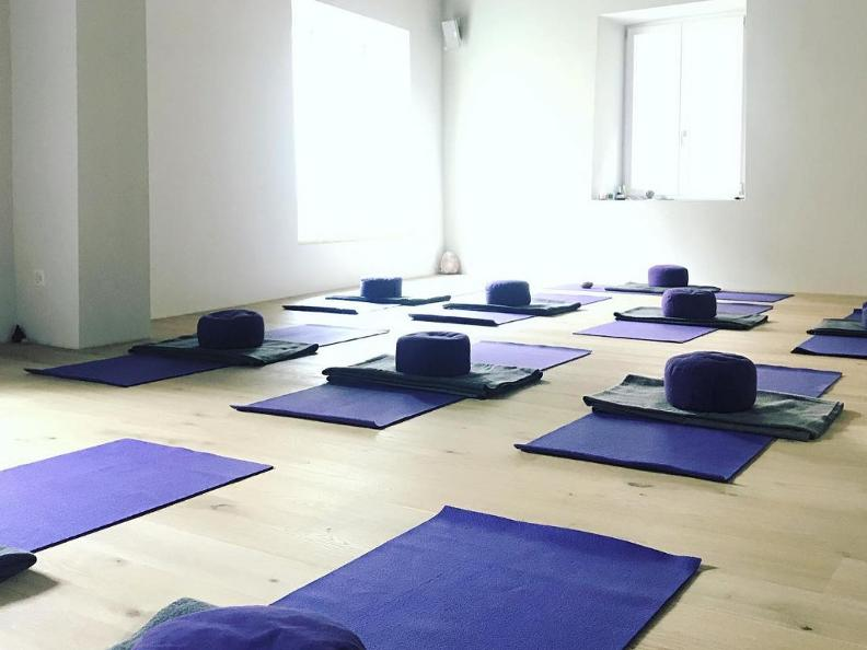Image 1 - Yoga Retreat Casa Corvo