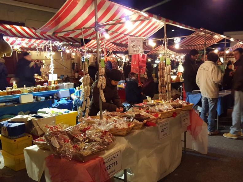 Image 3 - Christmas Market