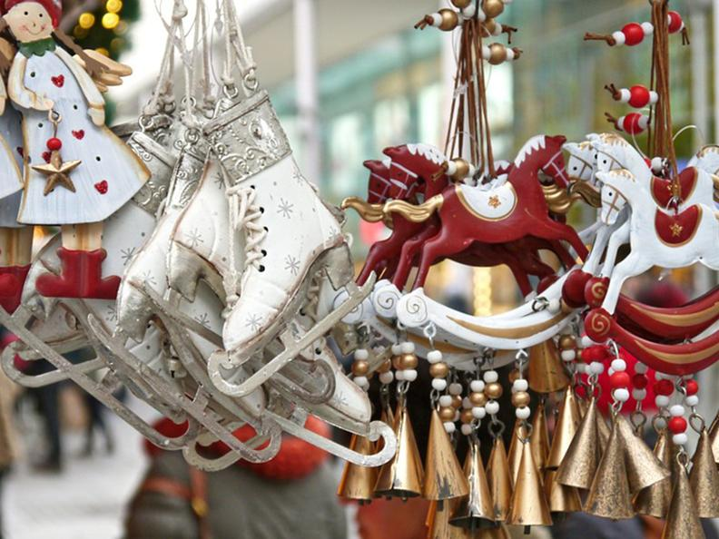 Image 2 - Christmas Market Faido
