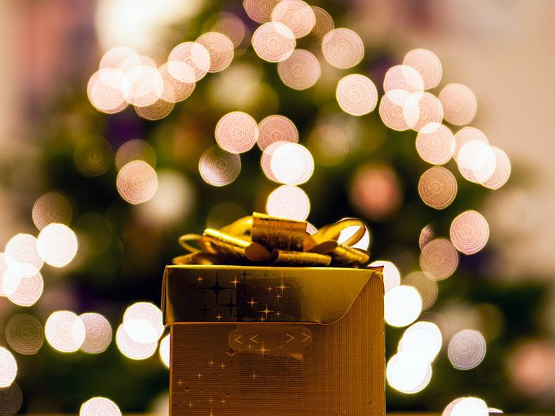 Image 0 - Weihnachtsmarkt von Airolo
