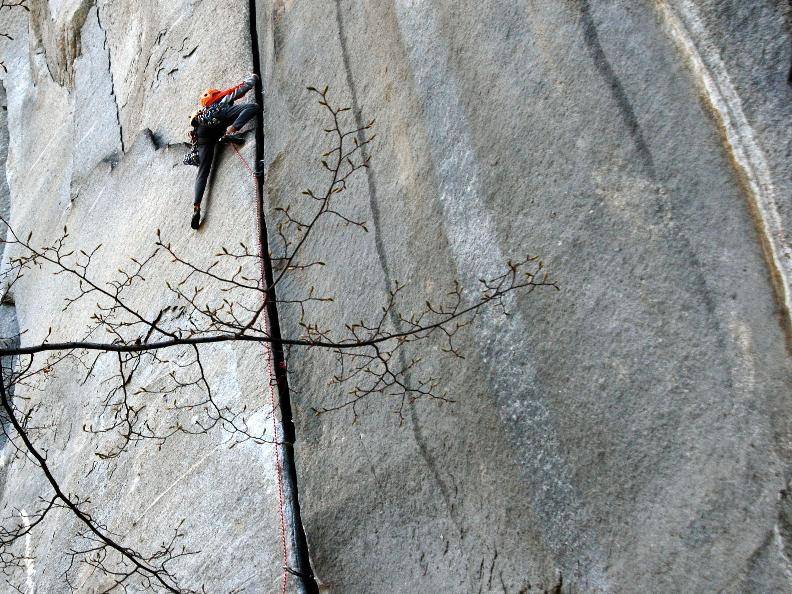 Image 7 - Vertical emotions - Climbing in Ticino