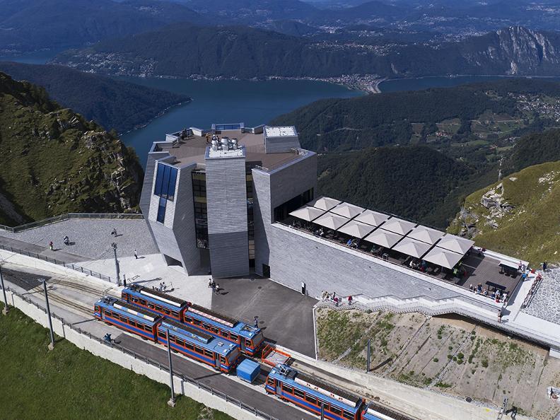 Image 4 - Train à cremaillère Monte Generoso