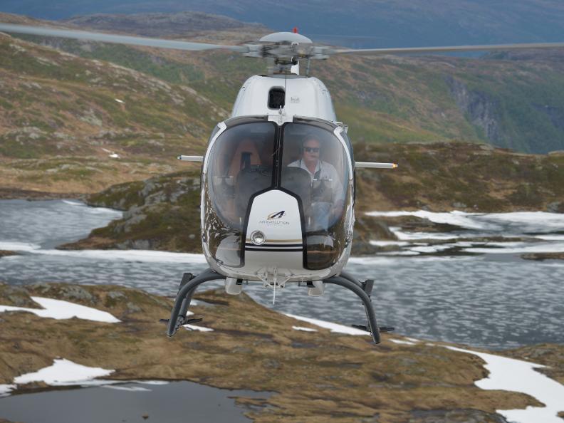 Image 2 - AIR-EVOLUTION LTD - Vols en hélicoptère