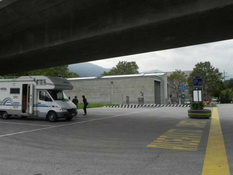Image 0 - Parking area for campers Bellinzona