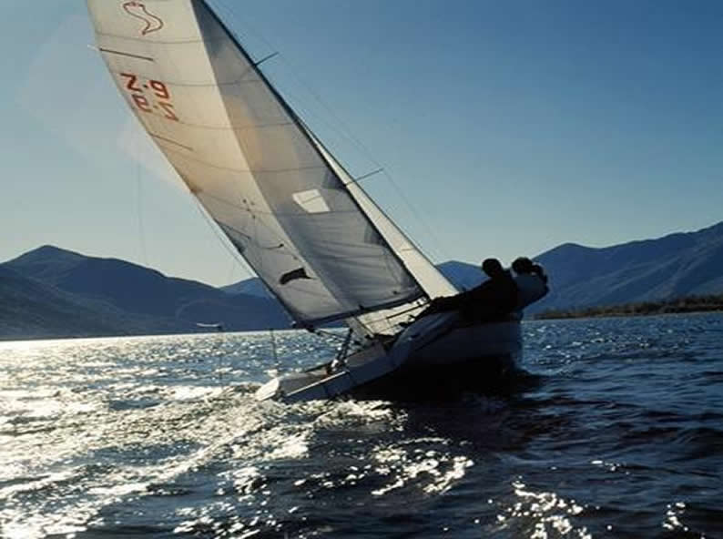 Image 2 - Sailing schools and sailing clubs