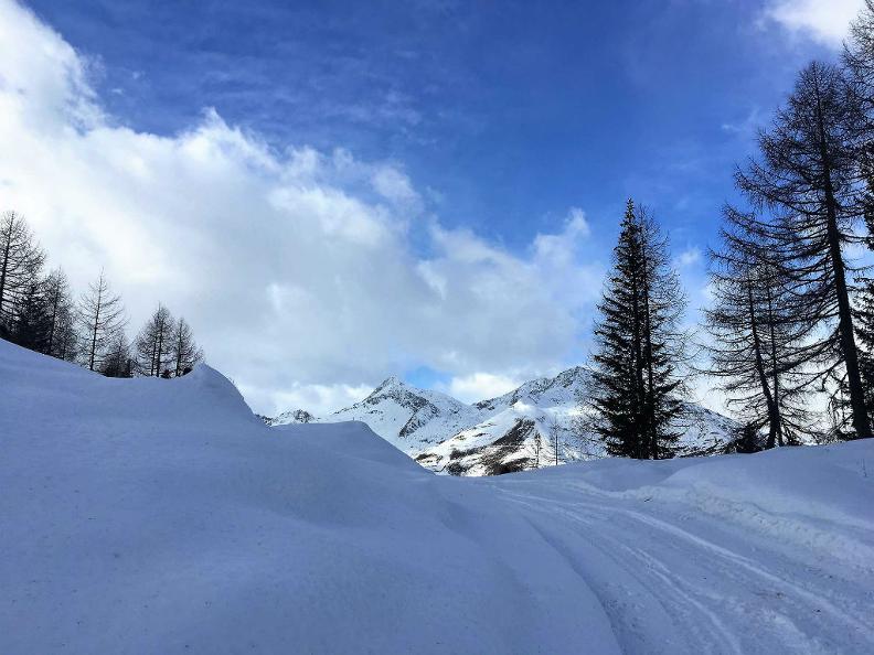 Image 4 - Sentiers de raquettes à neige Airolo-Pesciüm