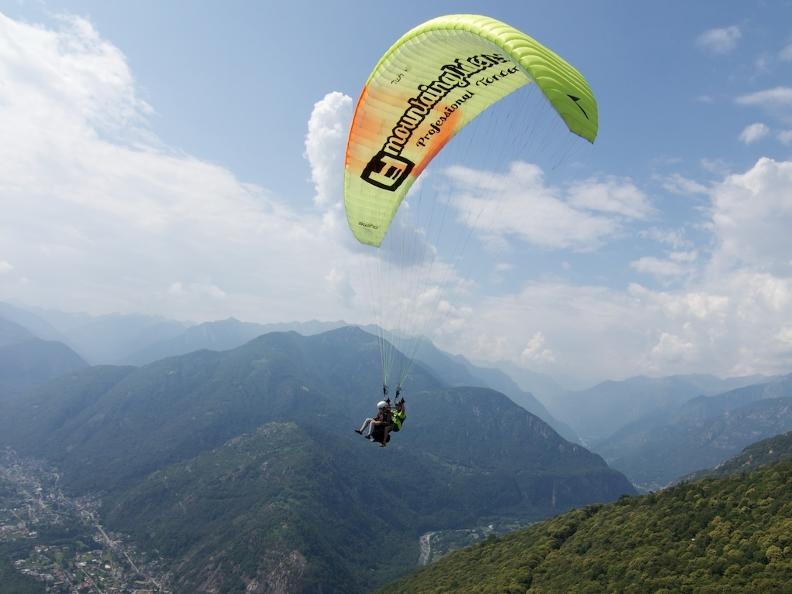 Image 5 - Mountaingliders, tandem paragliding in Ticino