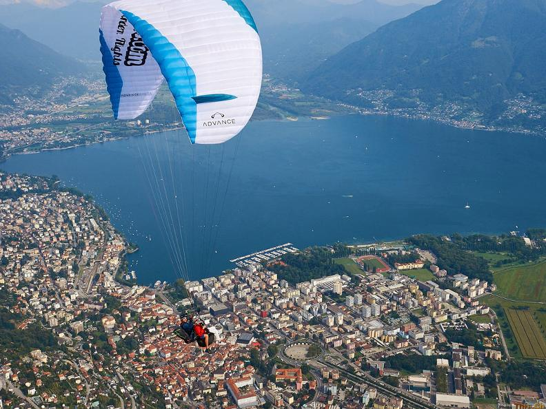 Image 7 - Mountaingliders - Paragliding Flights with Professional Tandem Pilots