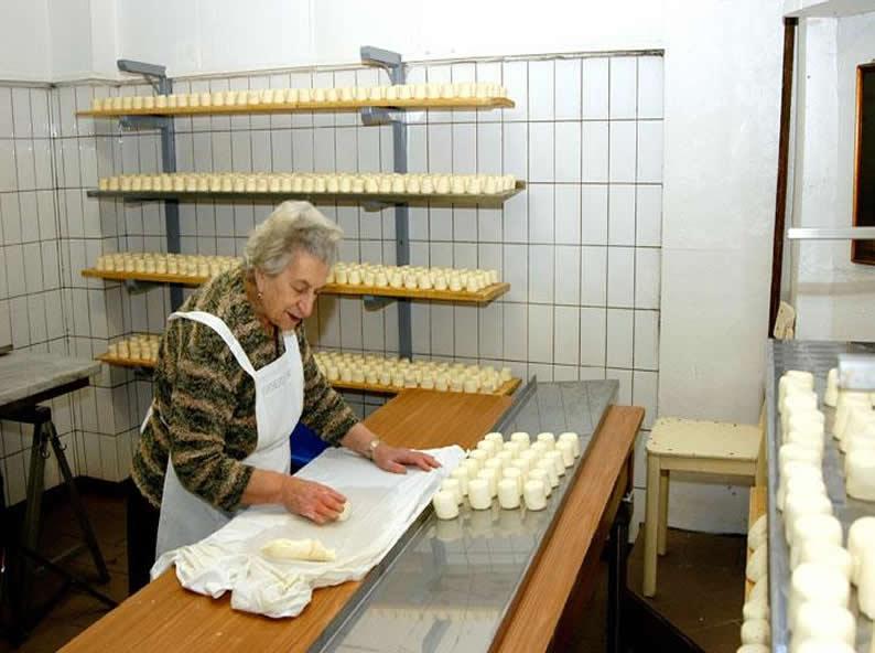 Image 1 - Tasting genuine cheeses