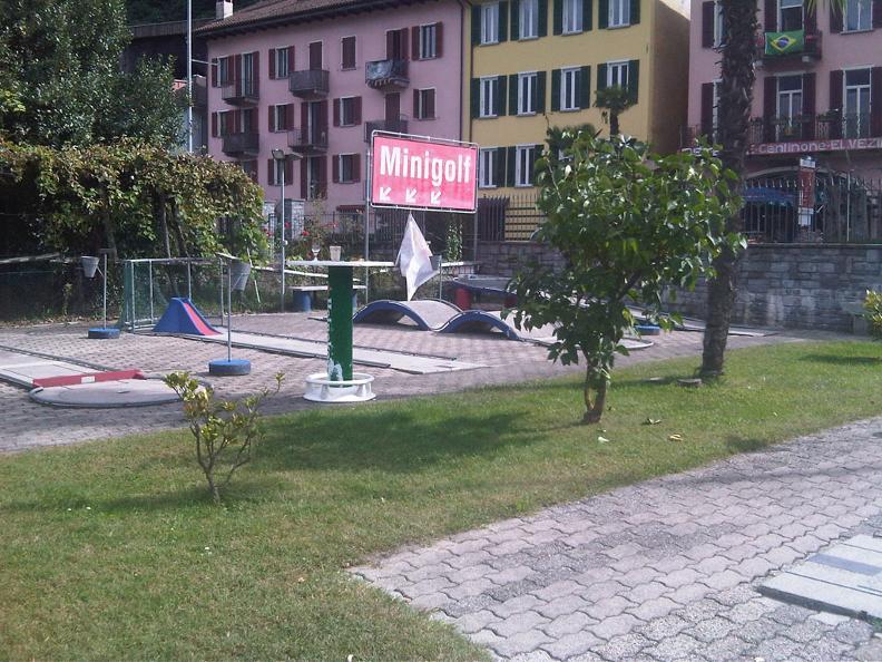 Image 3 - Minigolf Magadino