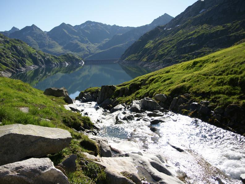 Image 1 - Vacances randonnée: Chemin des quatre sources