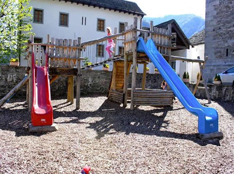 Image 0 - Parc de jeux, Verscio