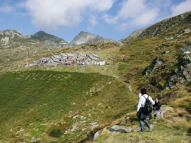 Image 0 - Via Alta Vallemaggia