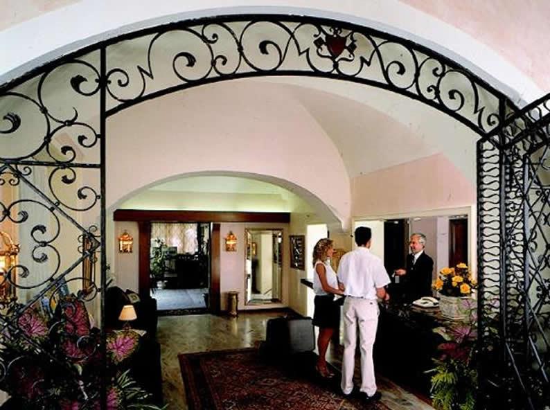 Image 1 - Hotel Dell'Angelo ***, Locarno