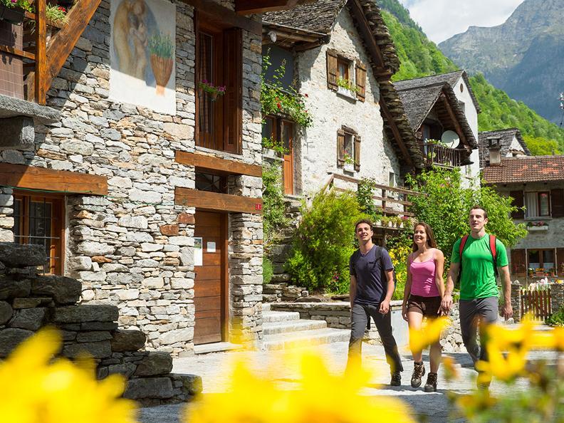 Image 1 - Vacanze a piedi: Sentiero Verzasca & Centovalli