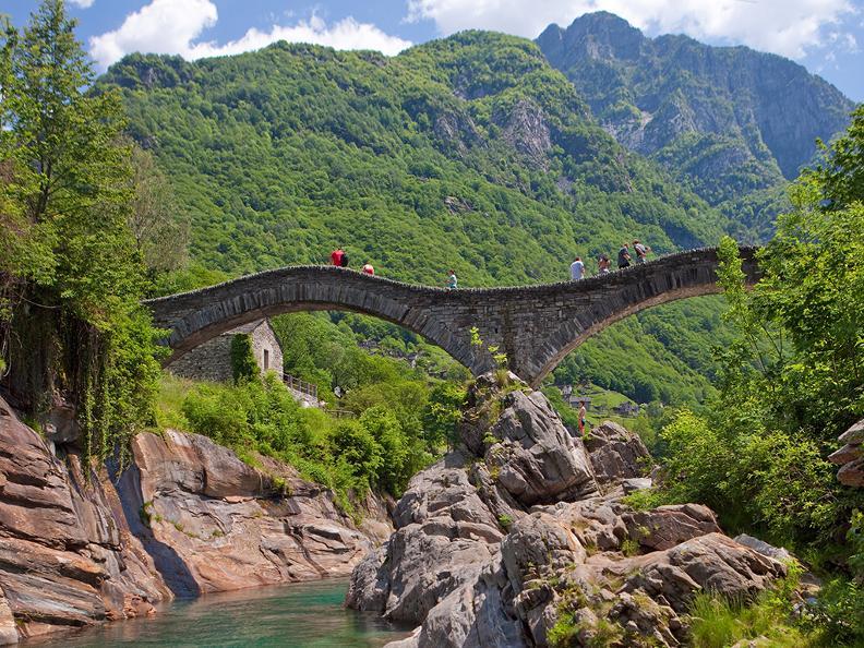 Image 2 - Hiking holidays: Sentiero Verzasca & Centovalli