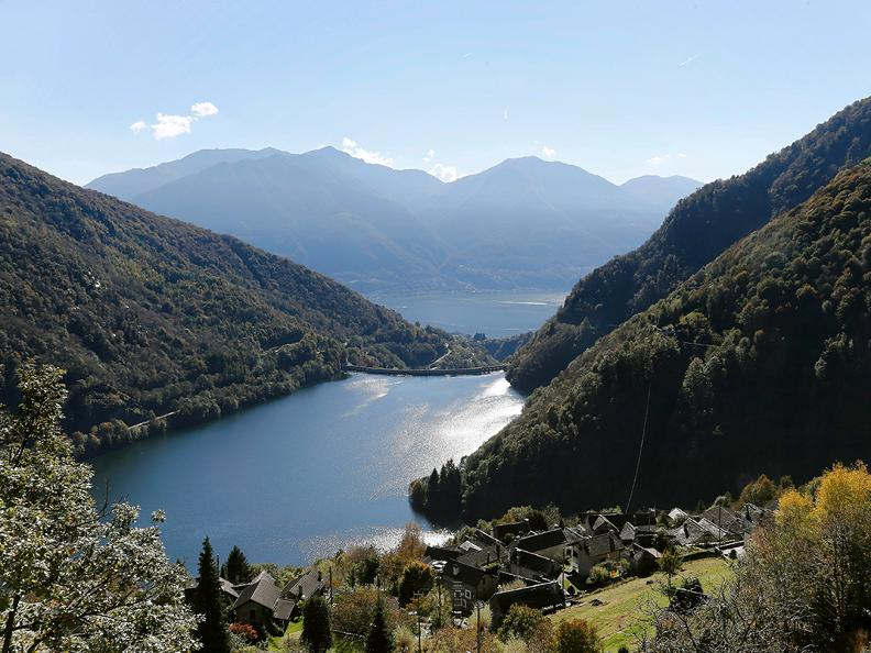 Image 3 - Hiking holidays: Sentiero Verzasca & Centovalli