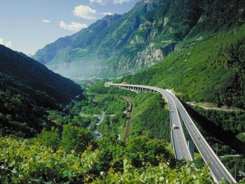 Image 2 - Discover Ticino by car