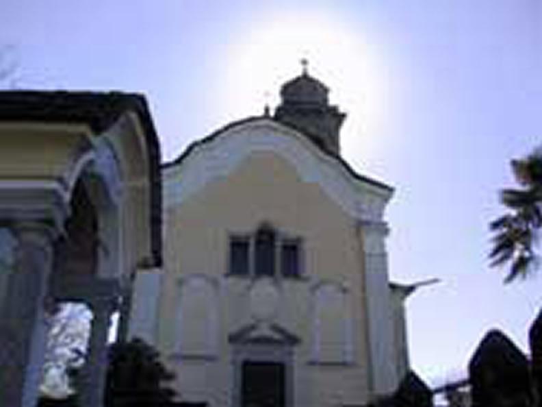 Image 0 - Chiesa di S. Pietro e ossario