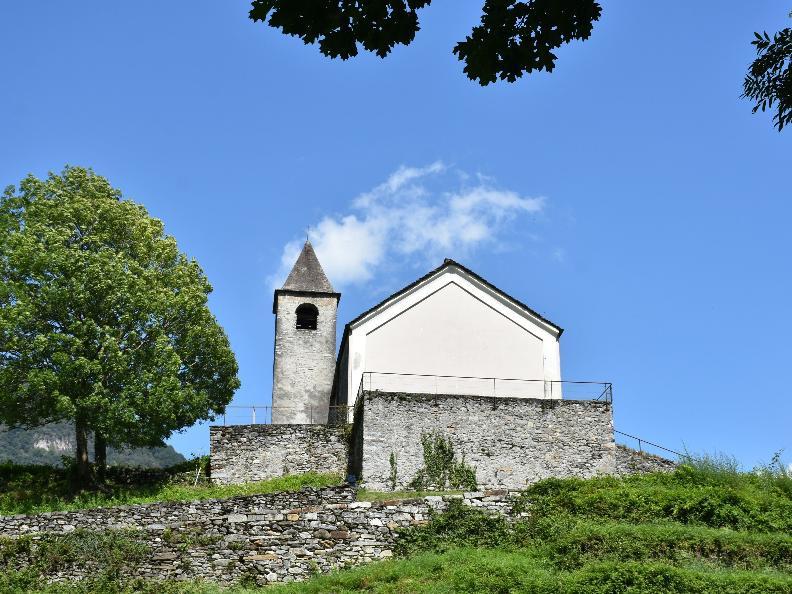 Image 0 - Church of SS. Carpoforo e Maurizio