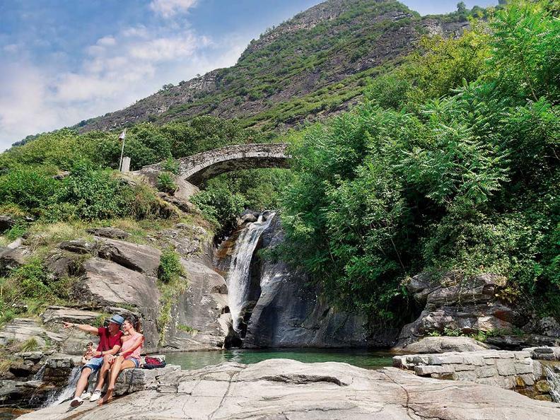 Image 3 - Santa Petronilla waterfalls