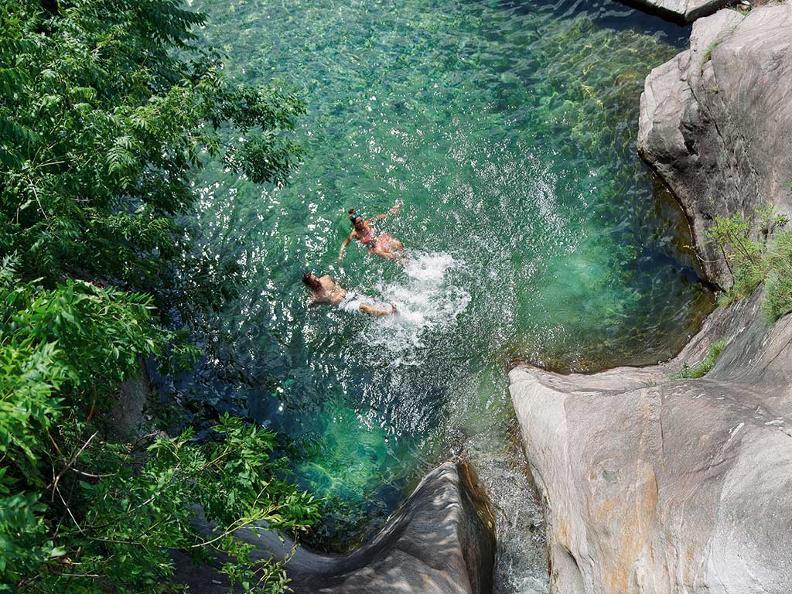 Image 4 - Les cascades de Santa Petronilla
