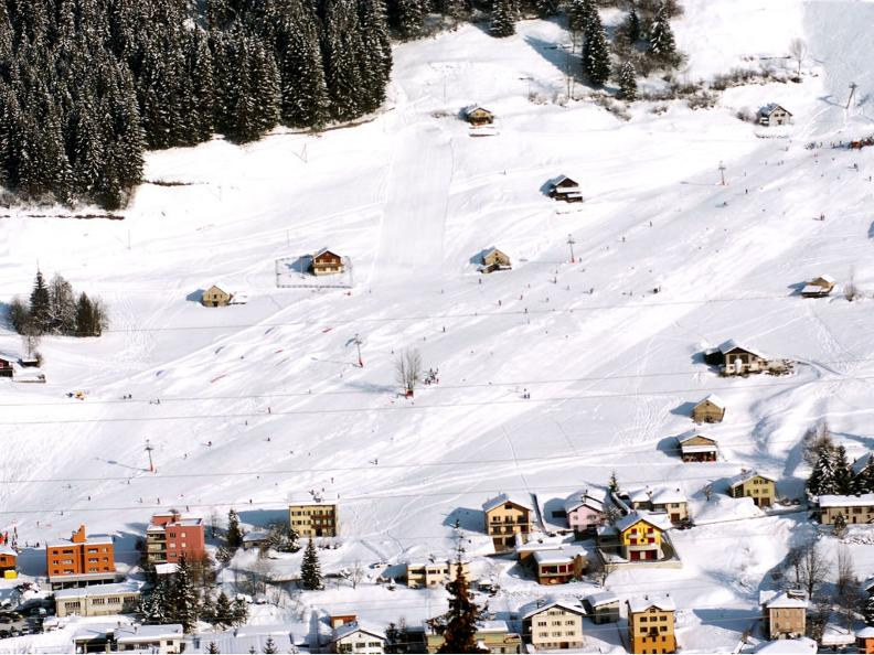 Image 3 - Skifahren im Tessin