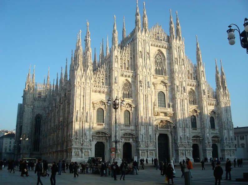 Image 0 - Guided tour of Milan