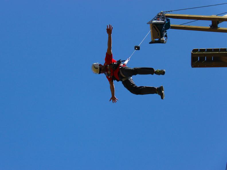 Image 0 - Tamaro Jumping