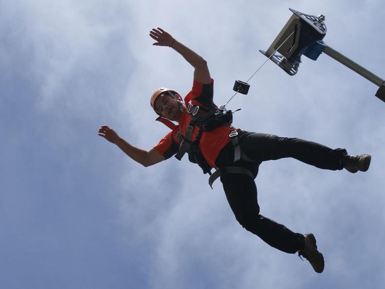 Image 1 - Tamaro Jumping