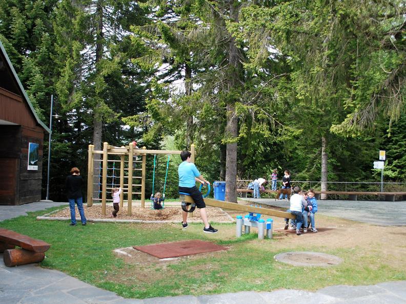 Image 1 - Spielplatz Arca di Noè, Locarno-Cardada