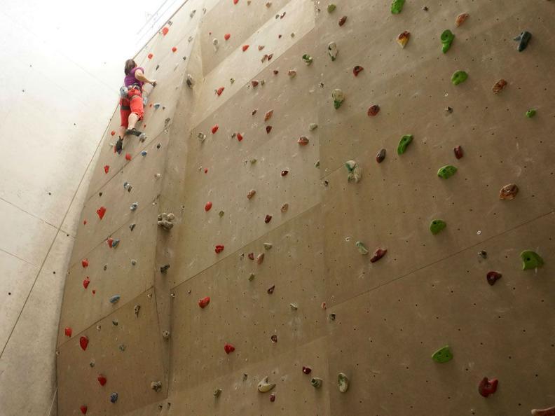 Image 3 - Audan climbing gym
