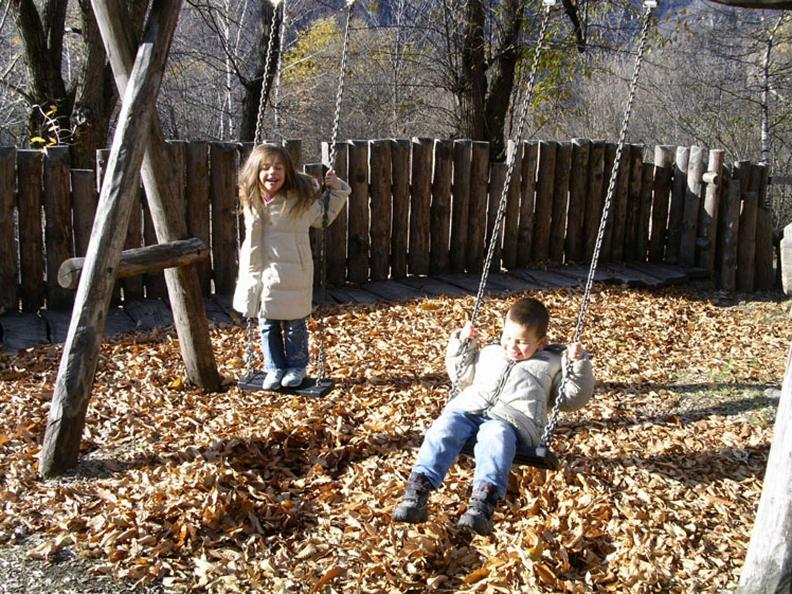 Image 2 - Playground Calonico