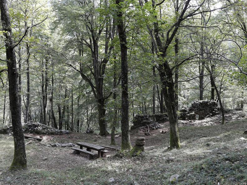 Image 1 - Die Burgruine von Miglieglia