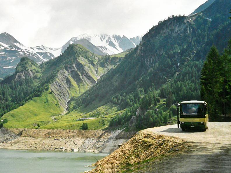 Image 0 - Bus alpin in the Greina region