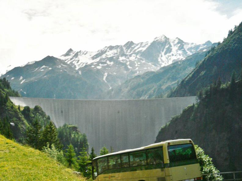 Image 3 - Bus alpin in the Greina region