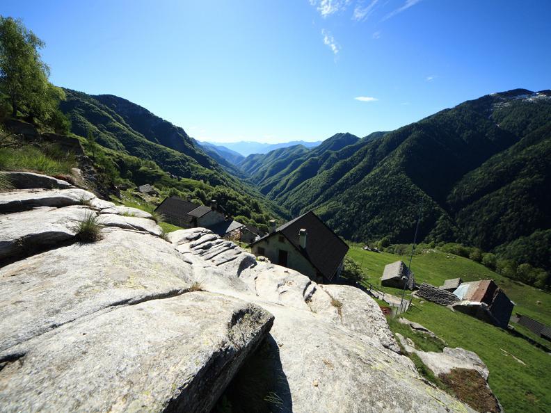Image 3 - Trekking tra valli e villaggi