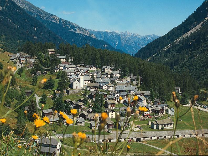 Image 4 - Trekking tra valli e villaggi