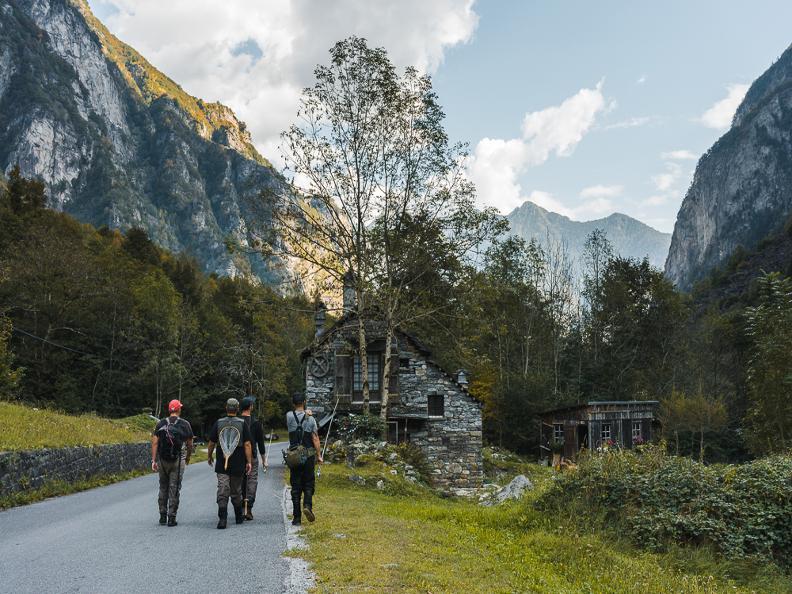 Image 1 - Ticino River Lodge - pescare con guida