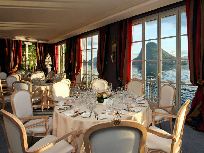 Image 0 - Luxury Hotels