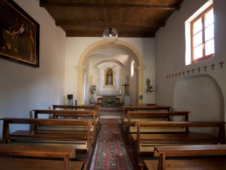 Image 0 - Oratory di S. Bernardino