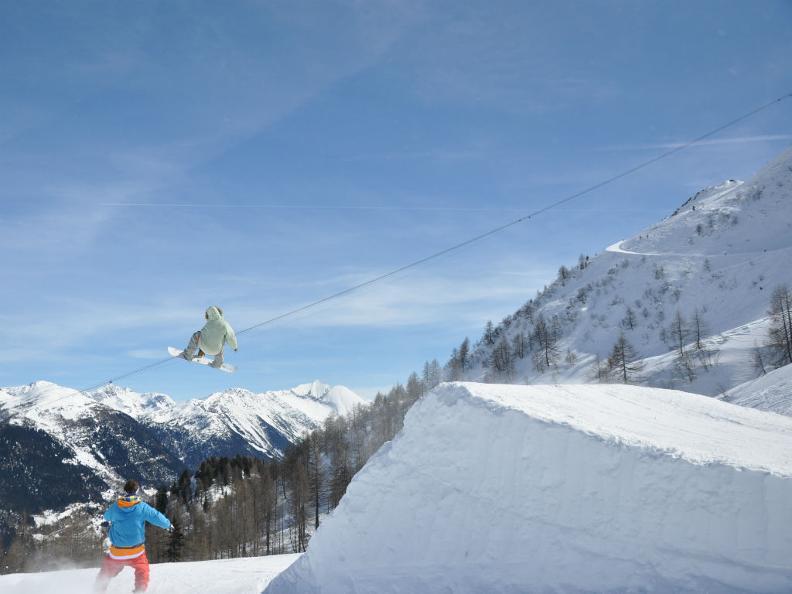 Image 3 - Snowpark Airolo