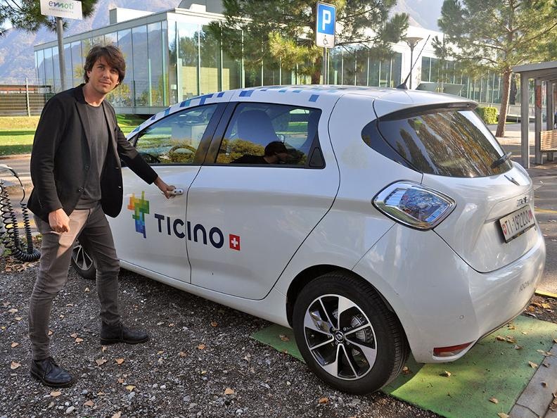 Image 0 - Electric car - where you can recharge?