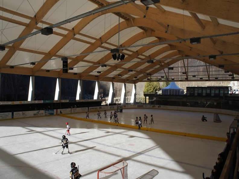 Image 0 - Centre sportif Lavizzara